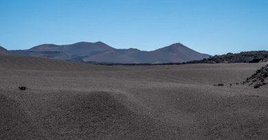Rando Tremesana randonnée guidée dans le parc national de Timanfaya .
