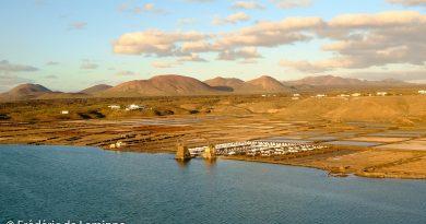Coucher de soleil sur les Salines de Janubio près de Yaiza